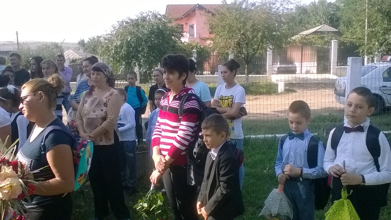 Prima zi de Școala Miclăușeni